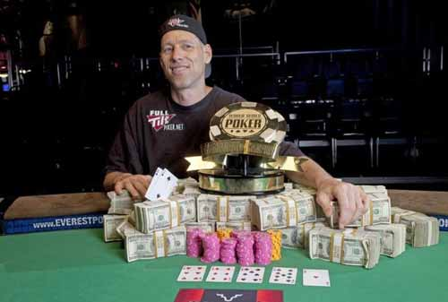 Huck Seed wins at WSOP again